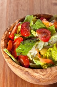 wooden bowl with salad ID-100178266
